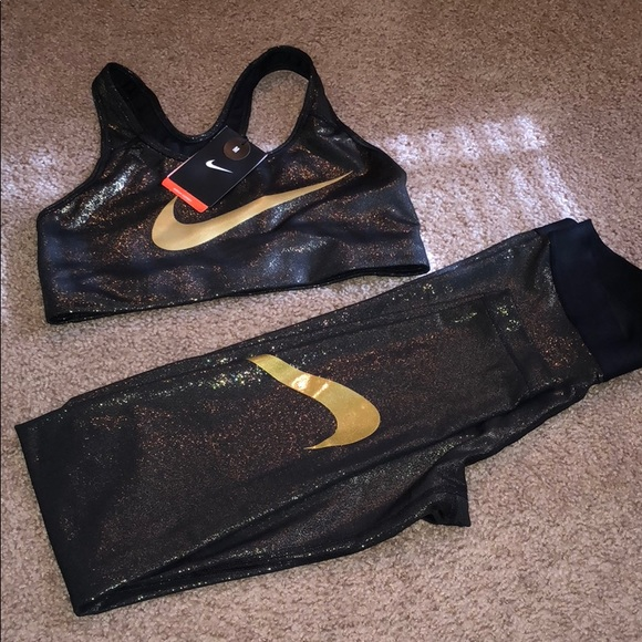 01b71c143312 Nike Pro Metallic Gold Sports Bra and Tights Set